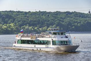 """Аренда теплохода """"Ривер Лаунж (River Lounge)"""" в Москве"""